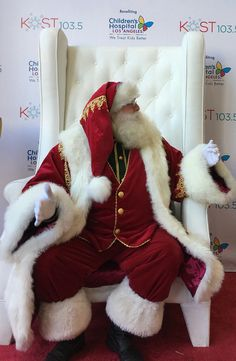 Home - That Santa Guy - Santa Claus Videos Merry Christmas To All, Christmas Scenes, Father Christmas, Santa Christmas, Mrs Claus, Santa Clause, Santa Real, Santa Outfit, Santa Suits