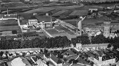 Ververij de Regenboog op de Bredaseweg 1940 met de watertoren.