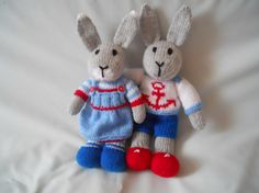 knitted rabbits, knitted bunnies