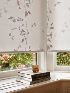 Luxaflex® - The Art of Window Styling. Blinds For You, Interior Decorating, Interior Design, Window Styles, Roller Blinds, Your Space, Window Treatments, Interior Inspiration, Beautiful Homes