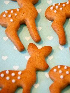 Gingerbread reindeer....easy & adorable!