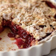 Warm Cherry Crumble Pie - The Happy Foodie