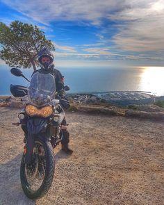 いいね!126件、コメント2件 ― Adventure Rider 🏍さん(@tiger.expedition)のInstagramアカウント: 「🌀 MEDITERRÁNEO 🌀 · · #triumph #triumphtiger #tiger #beach #december #diciembre #mar #playa…」