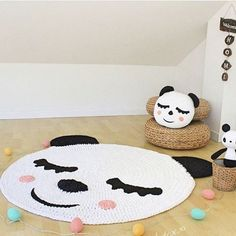 🐼🐼🐼🐼🐼🐼🐼 {inspiração} #boanoite #handmade #feitoamão #feitocomamor #detalhes #ursopanda #crochet #crochetlovers #moderno #instadecor #instadesign #quartodebebe #quartodemenina #quartodemenino #babyroom #moderno #criativo #decor #decoração #decoracaoinfantil #crochê #inspiration From @artesesa