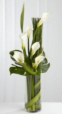 Simple vase arrangement with callas