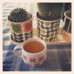 «Thé ensoleillé #mug #mrmrsclynk #cachepot #orlakiely #decographic #teatime disponibles sur deco-graphic.com»