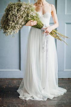 "Wedding bouquet #Bridal portraits Inspiration ""Isidora"" Light grey Wedding gown by Milamira Bridal | fabmood.com | photography : antonovakseniya.com/ #weddingdress"