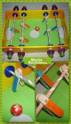 ** Maria Reciclona **: Como fazer uma mesa de PEBOLIM reutilizando caixa de papelão. Recycled Art Projects, Craft Projects, Projects To Try, Fun Games, Games For Kids, Art For Kids, Easy Crafts, Diy And Crafts, Crafts For Kids