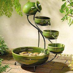 Fonte com vasos