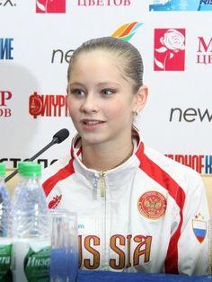 Kim Yuna, Ice Skating, Figure Skating, Yulia Lipnitskaya, Russian Figure Skater, Medvedeva, Sports Figures, All About Time, Athlete
