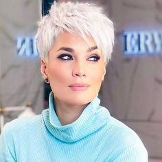 10 attractive short hairstyles for your birthday Punk Hair Attractive birthday frisuren haare haarschnitt Hairstyles kur Short Short Brown Hair, Short Straight Hair, Short Hair Cuts For Women, Short Hair Styles, Short Cuts, Medium Bob Hairstyles, Short Hairstyles For Women, Hairstyles Haircuts, Cool Hairstyles