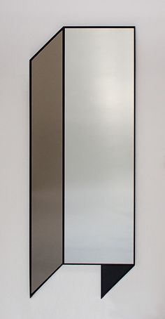 Long Mirror, Round Mirrors, Modern Floor Mirrors, Hallway Mirror, Tinted Mirror, Decor Home Living Room, Magic Mirror, Art And Craft Design, Vases