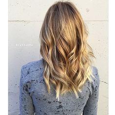 Dark gold blonde. Color by @shayzahra  #hair #hairenvy #haircolor #blonde #goldblonde #highlights #newandnow #inspiration #maneinterest
