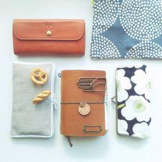 Ichigoさんがシェアしたプライベートバッグの中身です。Ichigoさんが持ち歩いているお気に入りアイテムとは?みんなもバッグを共有してお気に入りのアイテムにタグ付けしてね! What In My Bag, What's In Your Bag, Inside My Bag, What's In My Purse, You Bag, Travel Bag, Fashion Photo, Clutch Bag, Pouch