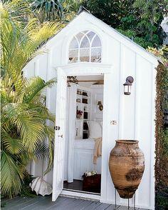 Secret garden retreat. I NEED this!