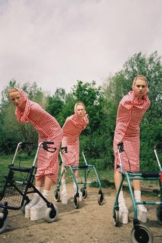 Michal Pudelka is a Bratislava-born London-based fashion photographer Fashion Shoot, Fashion Art, Editorial Fashion, Guy Fashion, Tim Walker, Editorial Photography, Art Photography, Fashion Photography, Blog Art