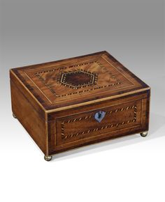 Georgian inlaid box