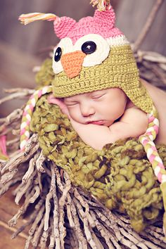 I'm in love with this baby beanie, I want one for Keira :)