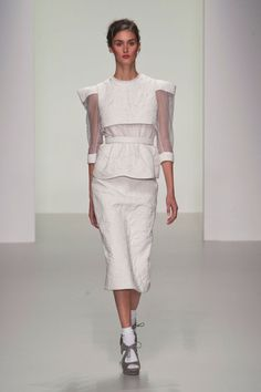 Bora Aksu Spring 2014  londonfashionweek  fashionweek  lfw  spring2014  London Spring bef0e0c9200