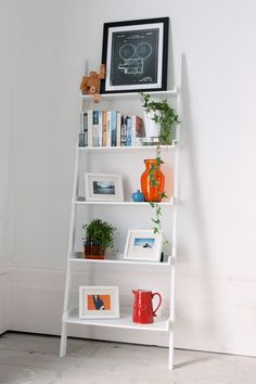 Ladder styling - vary the size, shape and colour of all your chosen pieces.
