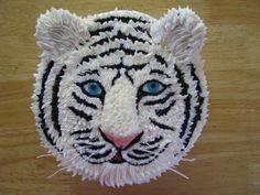 white tiger By lalaine on CakeCentral.com