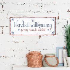 Metallschild im Vintage-Look zum Aufhängen, 34,5 x 14 cm Text: Herzlich willkommen. Schön, dass du da bist.