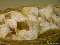 Another Fasiangy typical fried pastry, this are from still dough. Onion Rings, Mardi Gras, Bakery, Oven, Ice Cream, Bread, Chicken, Cooking, Ethnic Recipes