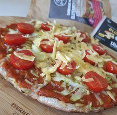 Cukkinis pizza Naan, Hawaiian Pizza, Mozzarella, Vegetable Pizza, Vegetables, Free, Vegetable Recipes, Veggies