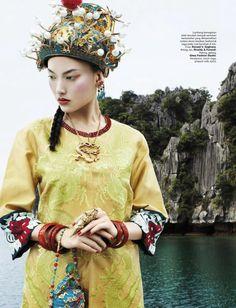 Harper's Bazaar Indonésia | Edição Aniversário Junho 2013 | Dara Warganegara| Blog de Moda
