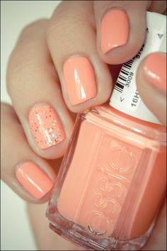 essie nail polish with one glittery accent nail {love this understated but fun look}