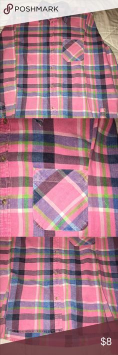 Plaid button down! AEO/Pink/Plaid button down/Size medium American Eagle Outfitters Tops Button Down Shirts