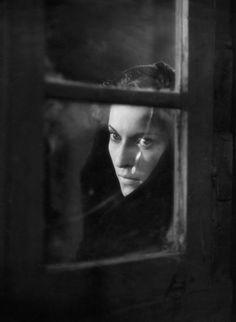 Mariella Lotti in Un Giorno nella Vita ( A Day in the Life ), 1946. Directed by Alessandro Blasetti