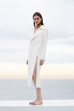 The Simple Minimalist: Fashion's New Focus On Clean Lines, Neutral Colors, and Structural Shapes - CHAOS Magazine