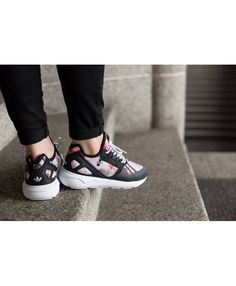 big sale 81a05 bd5f9 UK Sale Adidas Tubular Womens Discount Shoes Buying Now T-1935 Running  Sneakers, Easy