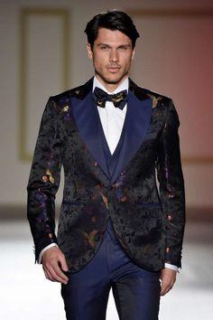 Luxusný pánsky oblek svadobny salon valery, požičovňa luxusný oblekov, oblek na svadbu, oblek pre ženícha, ženích, svadba, frak, smoking, oblek na ples