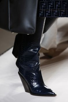 808a0e7a0897 Fendi Fall 2018 Ready-to-wear Fashion Show Details Long Boots