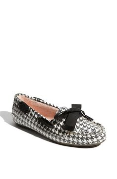 houndstooth sperry's...I think I'm in love!