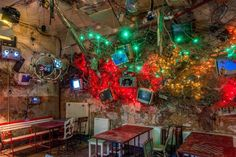 Just a few of the eclectic decorations at Szimpla Kert, a ruin pub Budapest Budapest Ruin Bar, Budapest Travel, Cool Places To Visit, Places To Go, Wachau Valley, European Road Trip, Hungary Travel, Pub Design, Cool Apartments