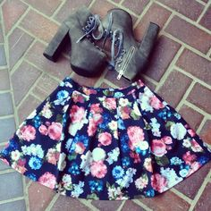 AND it comes in blue flowers too  This Pleated Skater Skirt printed in florals is brilliant! And they look cute paired with #unif #hellbounds and our Super Low Backless Bodysuit  Buy yours now! @_goldsoul_ www.Gold-Soul.com #goldsoulista #ootd