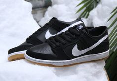 http://SneakersCartel.com Nike SB Dunk Low Pro 'Black Gum' #sneakers #shoes #kicks #jordan #lebron #nba #nike #adidas #reebok #airjordan #sneakerhead #fashion #sneakerscartel http://www.sneakerscartel.com/nike-sb-dunk-low-pro-black-gum/