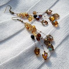 Vintage look earrings shades of brown and orange mix by Mouflon, €25.00