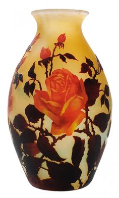 Muller Freres Cameo Glass Vase : Lot 310