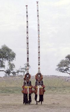 How the Dogon Mask Dance Reflects the Universe / African Cosmos – Multiple Identities of a Face Cultures Du Monde, World Cultures, African Masks, African Art, We Are The World, People Around The World, Jean Rouch, Michel Leiris, Mask Dance