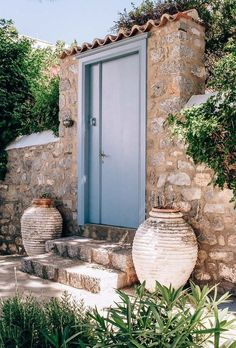 Why you should visit the charming Greek island of Hydra Mykonos Greece, Crete Greece, Athens Greece, Greek Garden, Greece Pictures, Places Worth Visiting, Greece Islands, Greece Travel, Beautiful Places