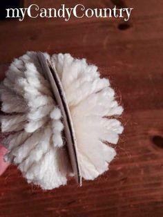 Pulcini di Pasqua fatti con Pon Pon di lana