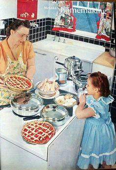 Learning from grandma #vintage #homemaking