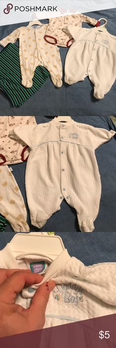 """Bundle 4 Items: 2 Sleepers Bodysuit Blanket 0-3M Bundle has 4 items. Clothes are 0-3 months; blanket one size. Little Me white snap sleeper blue trim has embroidered Daddy's Boy. Size small Fits 7-12 lbs to 24"""". USA 100% polyester. Sesame Street cream long sleeves polo bodysuit burgundy trim has bears all over. Bangladesh 60% cotton 40% polyester. Bon Bebe white snap bodysuit blue trim has bear faces all over. China 100% cotton. Size small (0-3 mos) up to 12 lbs. Made China 100% cotton. Blue…"""