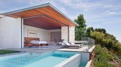 Magnifique chambre à coucher avec vue imprenable, terrasse aux chaises longues et piscine