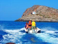 appartementen verhuur op Kreta appartementen met zeezicht waar naar toe op Kreta vakanties 2021 2022 Heraklion, Crete, Boat, Water, Outdoor, Crete Holiday, Water Water, Outdoors, Dinghy