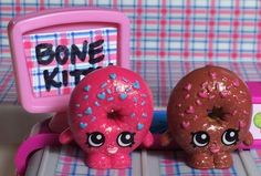 D'lish Donut PAIR Bakery SHOPKINS Delish donuts Glitter Ultra Rare Pink Brown #MooseToys #shopkins